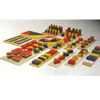 WOODEN FRACTION SET (14 PCS)